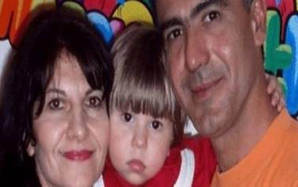 Bimbo muore di cancro... i genitori non reggono il dolore e si tolgono la vita.