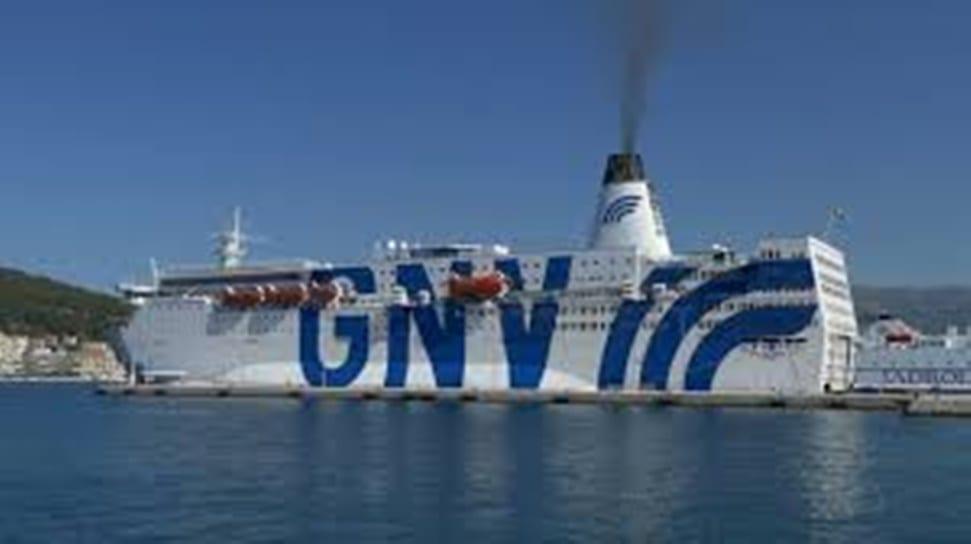 Arriva un'altra nave quarantena da 700 posti in Sicilia